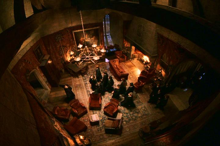 Detailed Scene Descriptions From The Wizarding World S