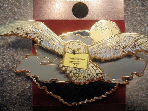 Hedwig pin with moving wings $12.95