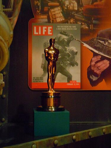 Oscar for 20,000 Leagues Under the Sea