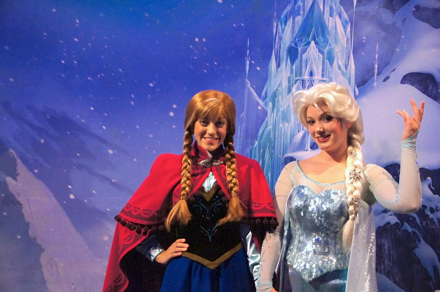 Video Anna And Elsa Weigh In On Frozen Return To Epcot Replacing