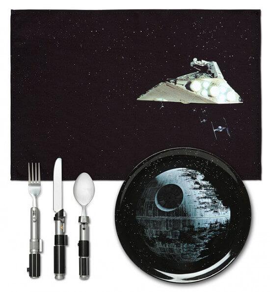 ionl_sw_dinner_set_spacebattle