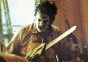 this-provocative-fan-theory-proposes-that-texas-chainsaw-s-leatherface-was-actually-a-woma-536196