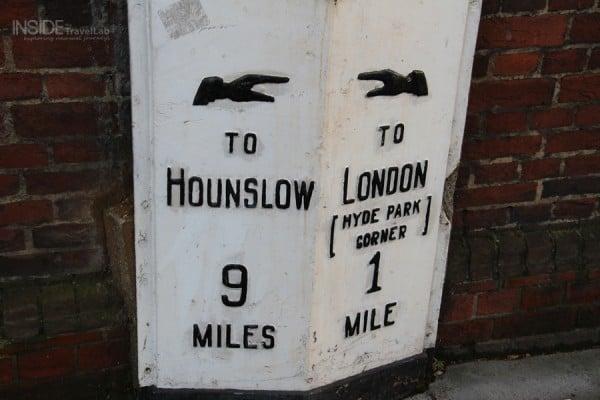 London Bridge Hotel Sign