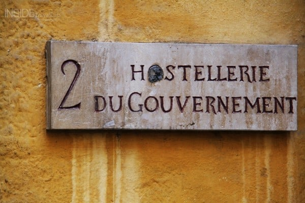 Cour des Loges - an unusual place to stay in Lyons, France via @insidetravellab