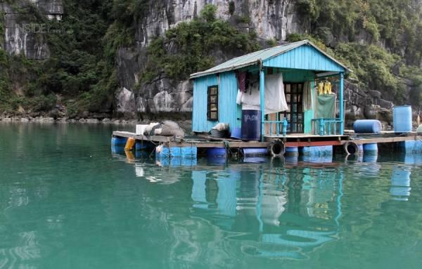Veng Vieung village Halong Bay