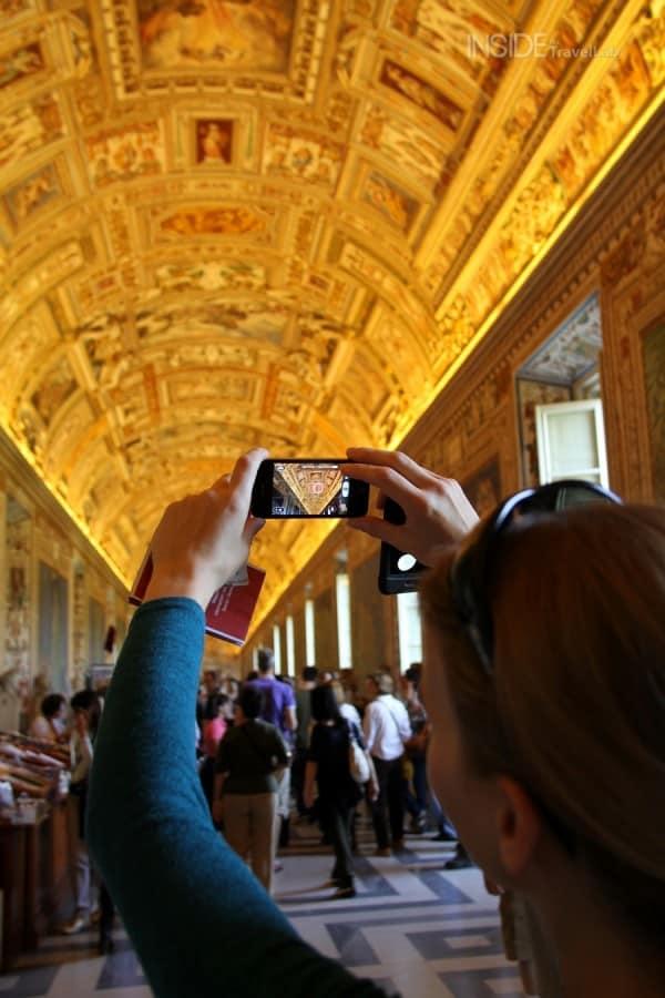 Vatican city en route to Sistine Chapel