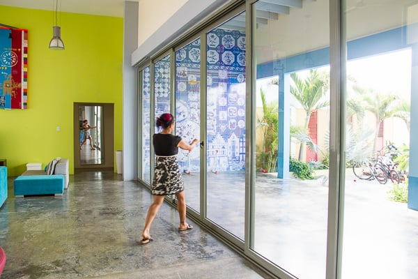 Elisa Lejuez Artist in Aruba