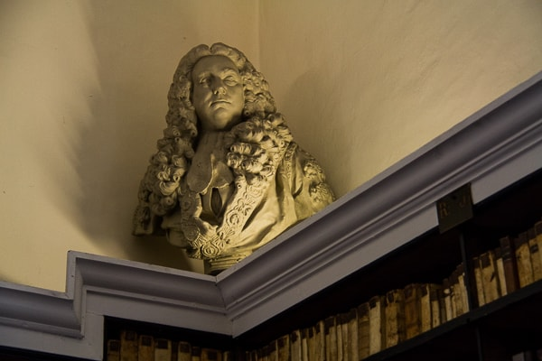 Literary Giants in Marsh's Library from @insidetravellab