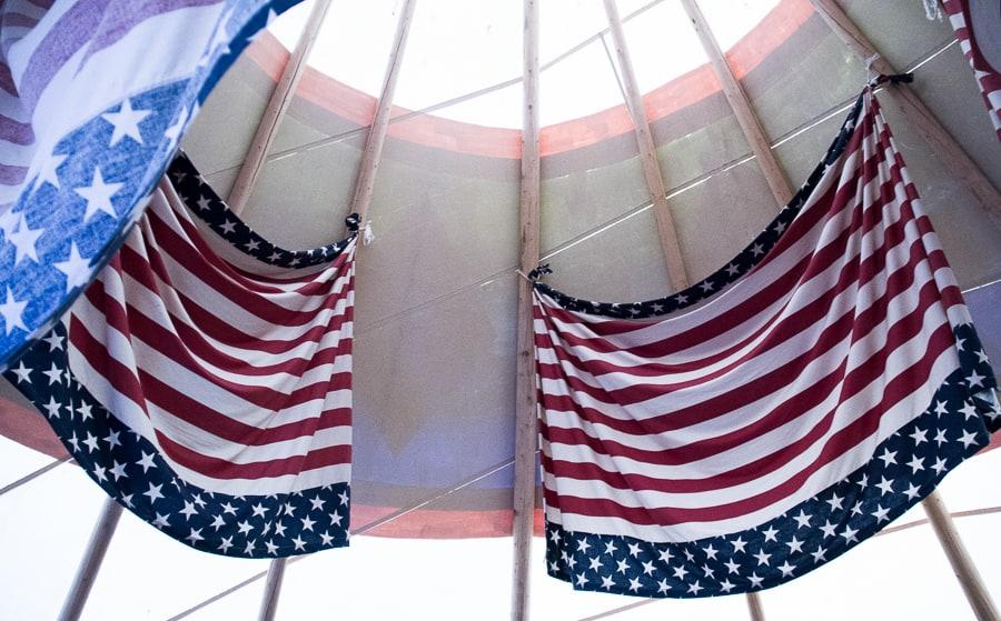 American flags in Nevada via @insidetravellab