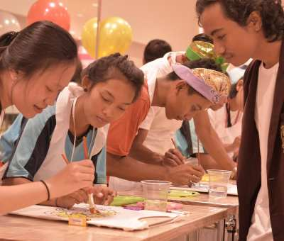 Creative Art Painting Workshop with UNIQLO