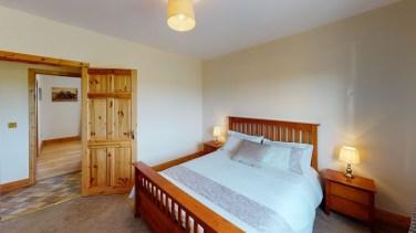 Sherry-Fitzgerald-Ryan-Clonganhue-Cappawhite-Bedroom(1)