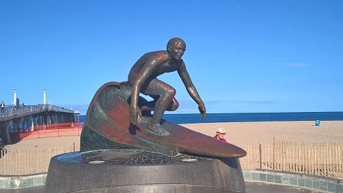Surfers memorial