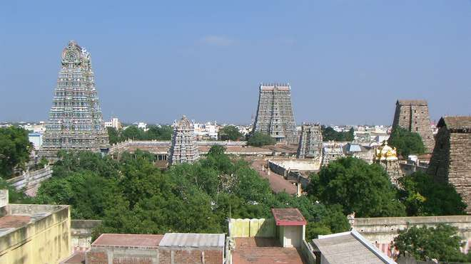 Madurai_Meenakshi_temple_top_view