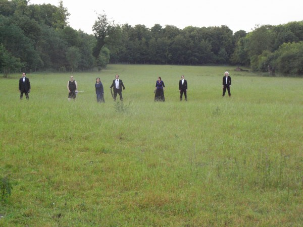 Metamorphoses: actors in a field, Wandlebury Country Park (photo: Simon Nuttall)