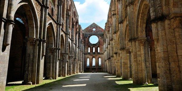 Mondi abbandonati: L'abbazia di San Galgano e dintorni
