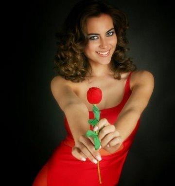 mulher-com-vestido-vermelho