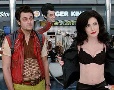 lara-flynn-boyle-men-in-b