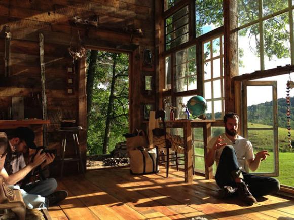Glass-cabin-Nick-Olson-Lilah-Horwitz-4