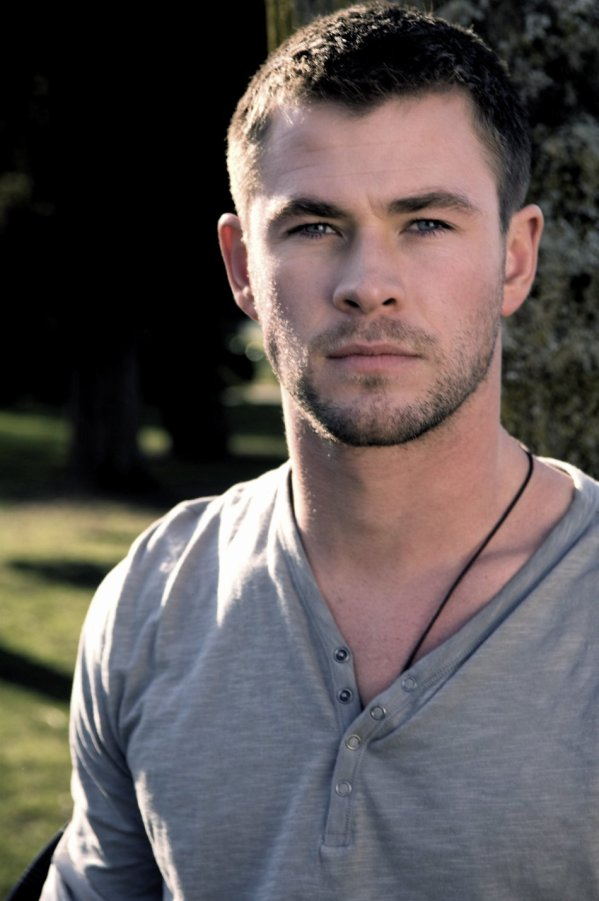 Chris-Hemsworth-16