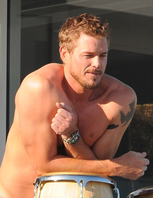 Eric Dane Shows Off His Natural Talent!