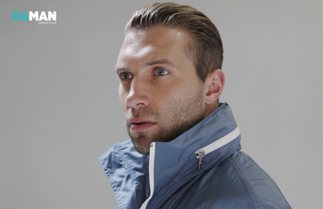 Jai Courtney - 18