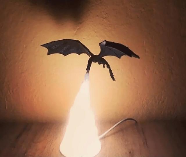 luminária de Dragão