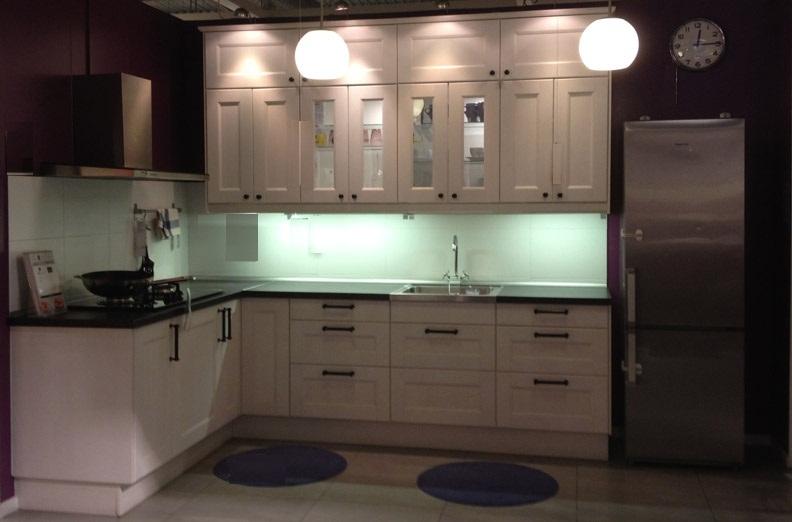 Kitchen Cabinet : L-Shaped Kitchen Layout