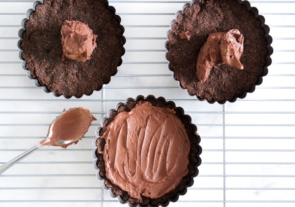 Low Carb Salted Caramel Brownie Tarts-0657