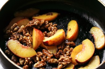 Warm Ginger Peach & Walnut Breakfast Salad {Low Carb & Gluten Free}