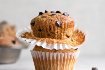 Super Soft Peanut Butter Banana Chocolate Chip Muffins!