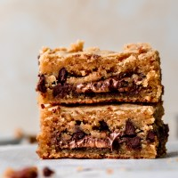Dirty Blondies {Stuffed with PB Cups!} Gluten Free, Low Carb