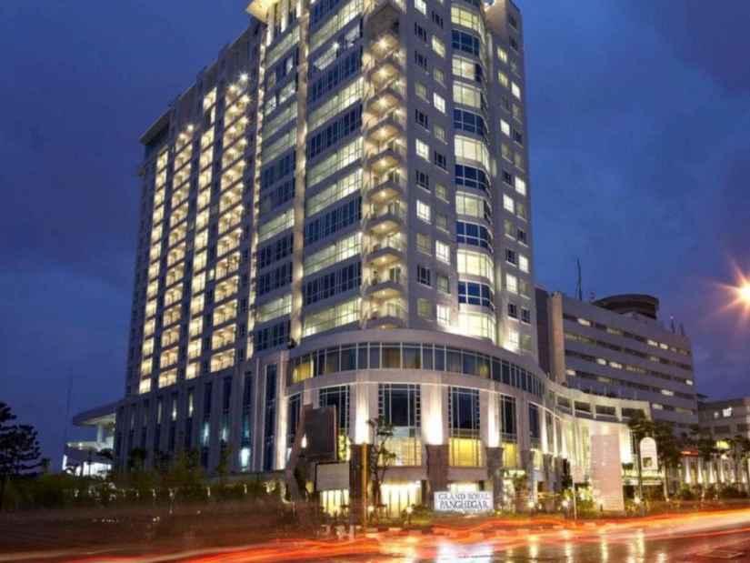 Hotel Grand Royal Panghegar Bandung