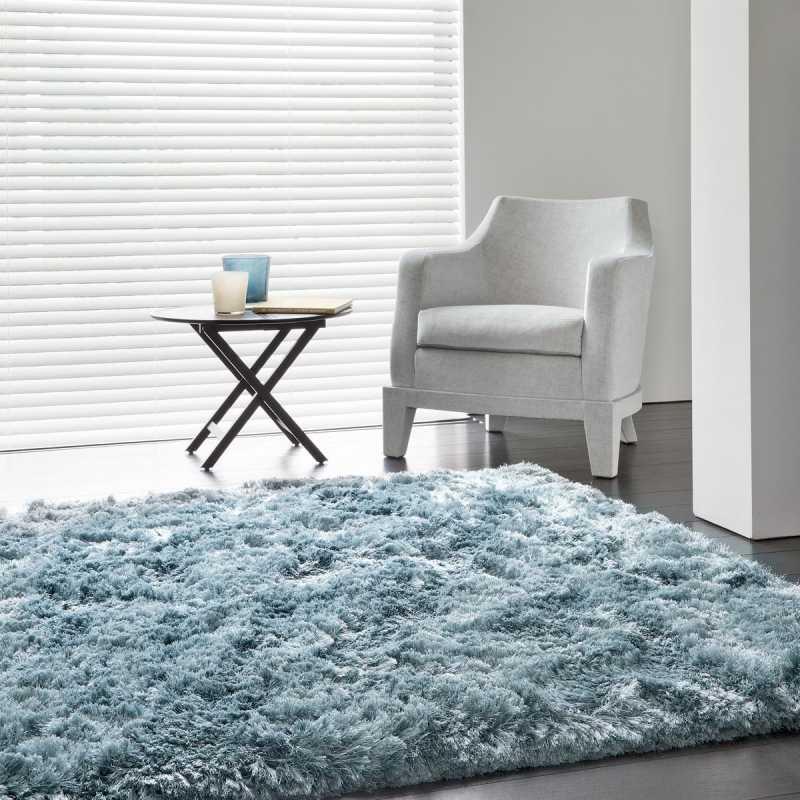 tapis contemporain bleu uni shaggy adore par ligne pure