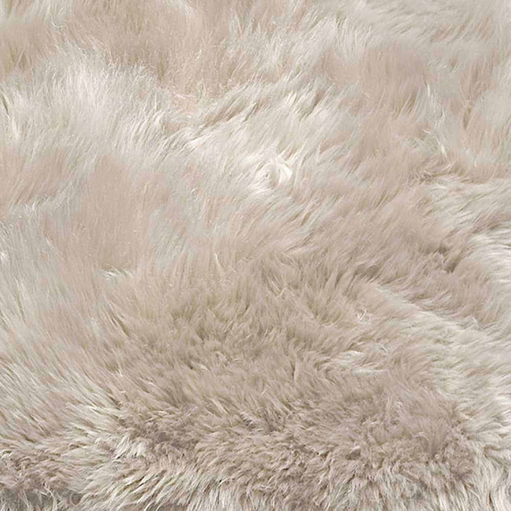 tapis contemporain uni blanc en peau de mouton