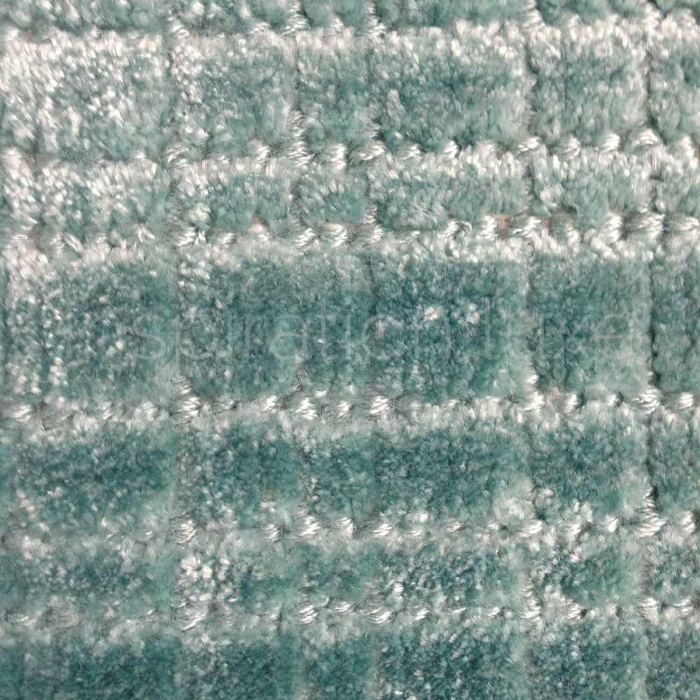 tapis sur mesure en viscose a carreaux vert d eau rectangulaire ou carre