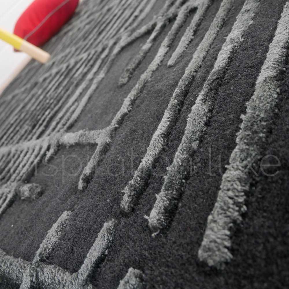 tapis moderne gris en laine et viscose a motifs taille 160 x 230 cm