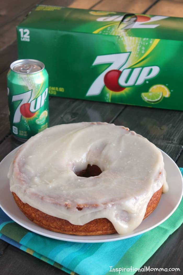 This 2-Ingredient 7UP Cake is easy and delicious! Then, topped with Cream Cheese 7UP Icing, it becomes irresistible! #JustAdd7UP