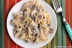 One-Pan Easy Creamy Beef Stroganoff