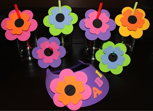 Foam Flower Straws & Visor