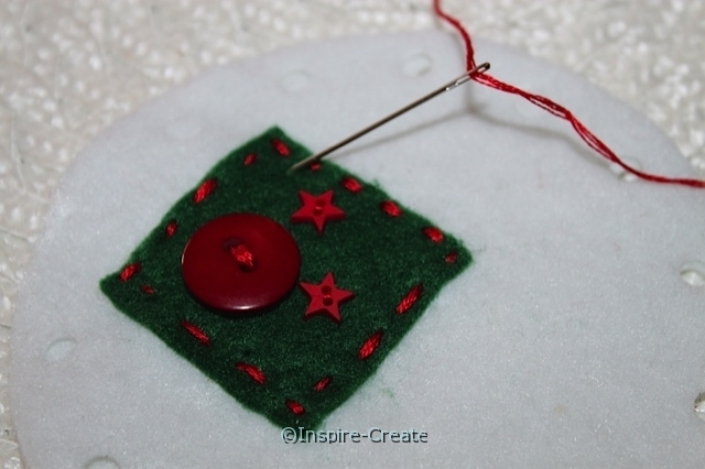felt ornament add green square and button