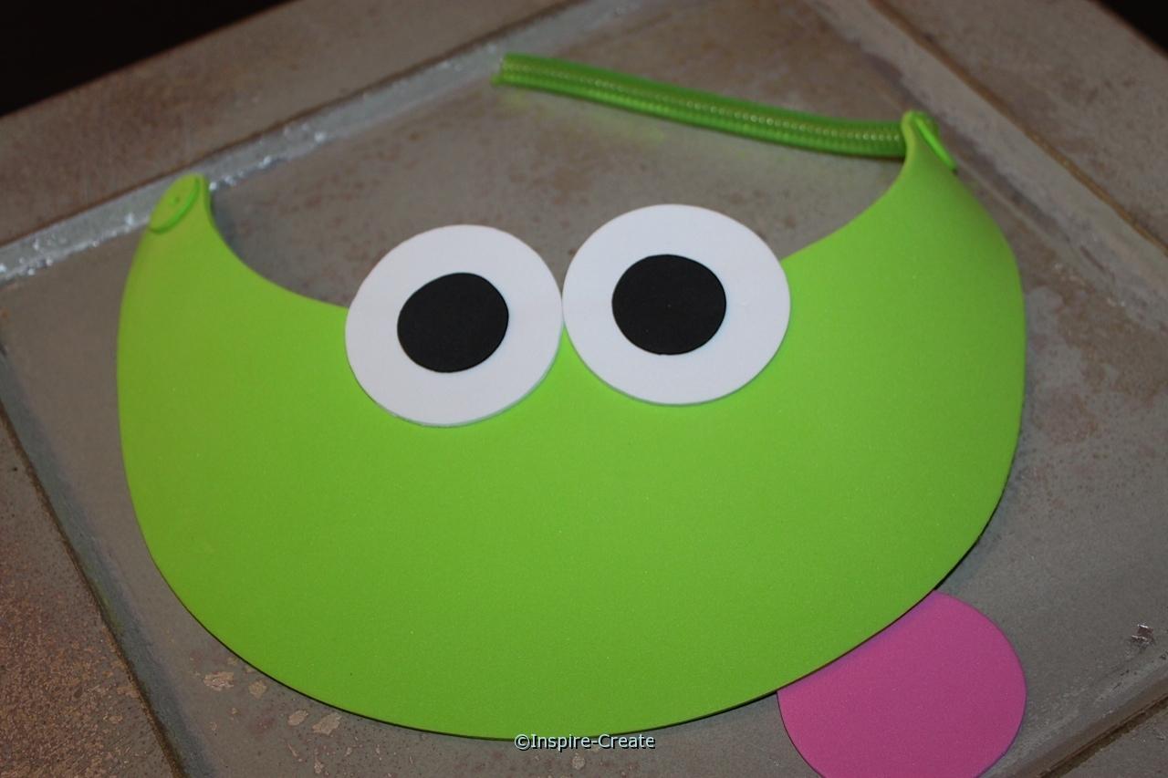 frog and flower visor add eyes