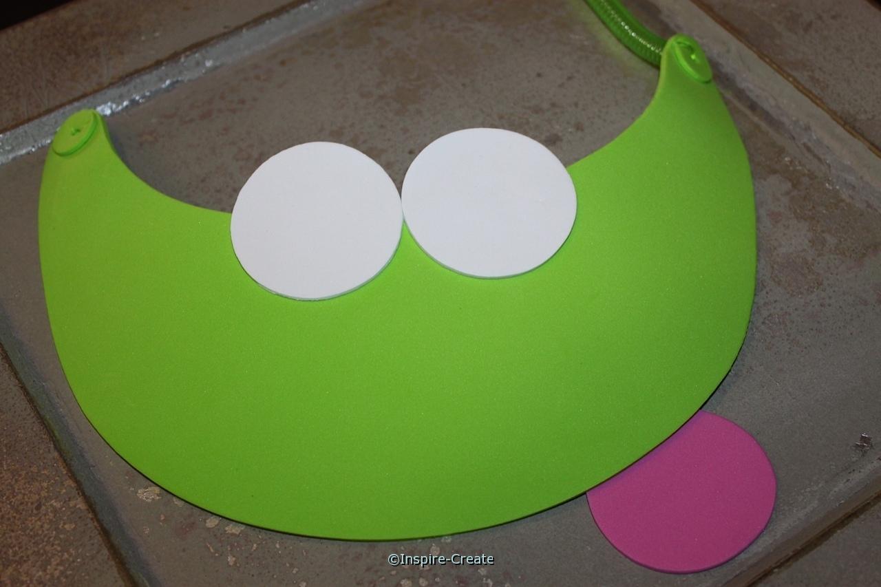 frog visor add white circles for eyes