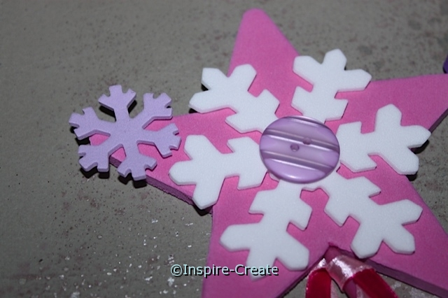 Easy Snowflake Wands for your next girl party!