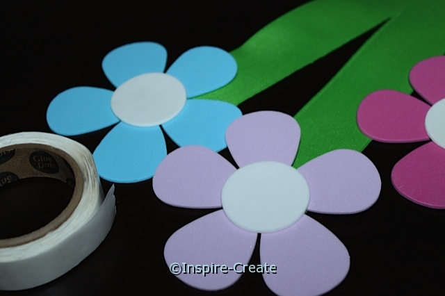 Flower Bouquet...add circles to petal flowers with glue dots.