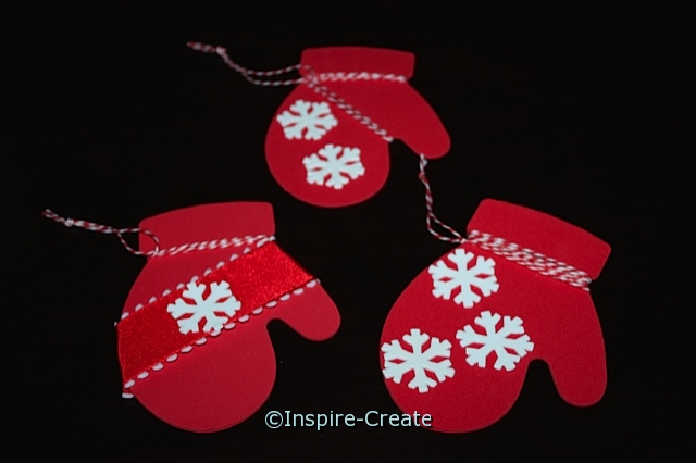 Easy Mitten Ornaments for Kids to Make. No glue required!