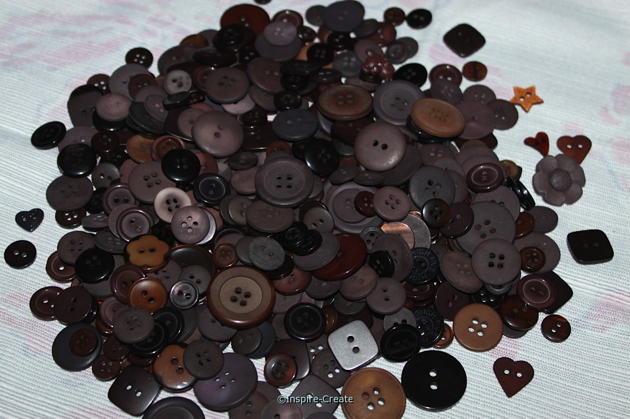 Chocolate Brown Craft Buttons (1/2 lb)*