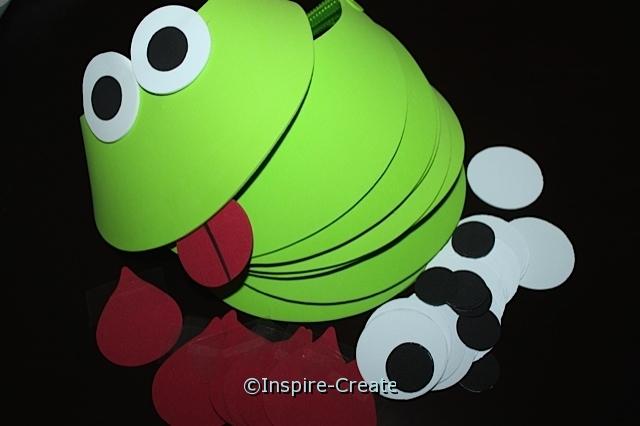 Frog Visor Kit w/ Lime Green Visors (Makes 10)*