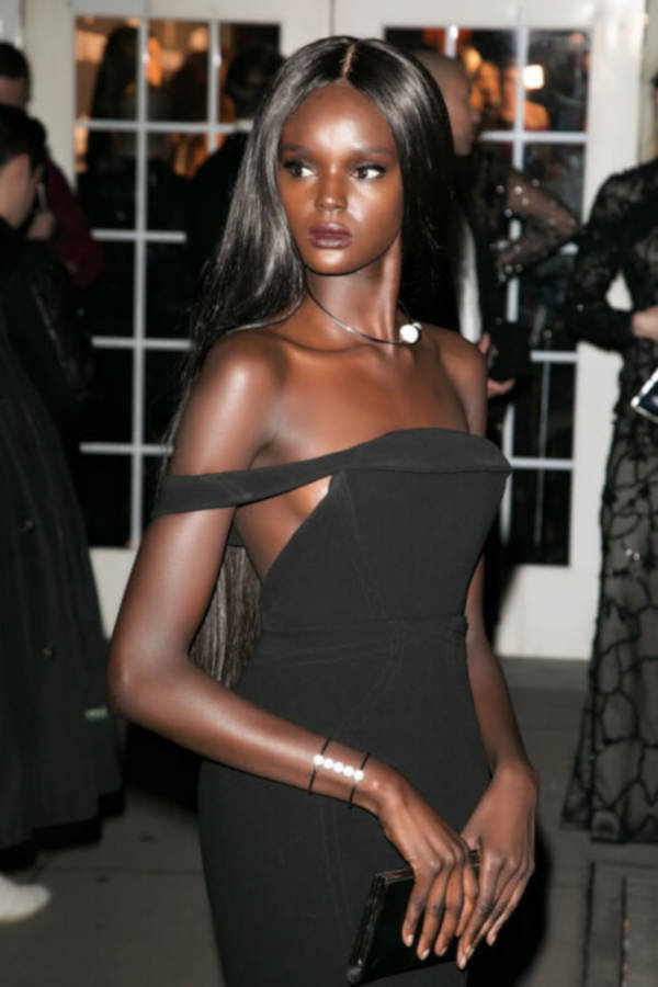 Most Attractive Australian-Sudanese Model Looks Like A Real-Life Barbie - 5