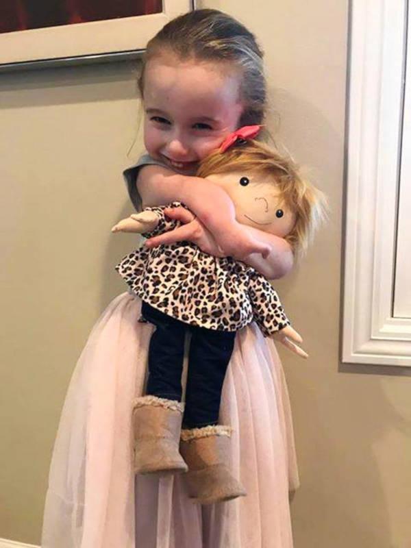 A Woman Creates Unique Dolls For Children That Differ - 5