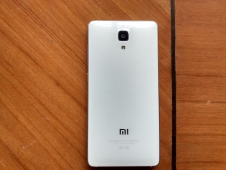 The backside glossy finish and the MI logo complete the look.